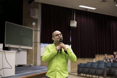 Des conférences de sensibilisation à l'entrepreneuriat