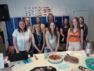 Les étudiantes d'Assistant de Direction fêtent la première édition de la 'Journée de la langue allemande en Wallonie'