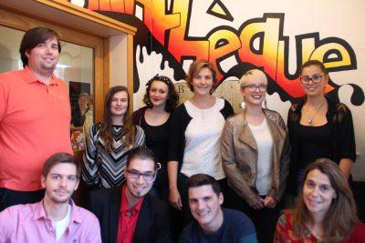 A la HELHa, site de Loverval, sept étudiants se mobilisent pour redonner vie à la bibliothèque de leur école.
