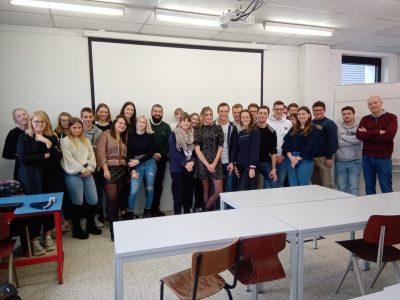 La désinformation en ligne, conférence donnée par Bogdan Oprea, ancien étudiant HELHa
